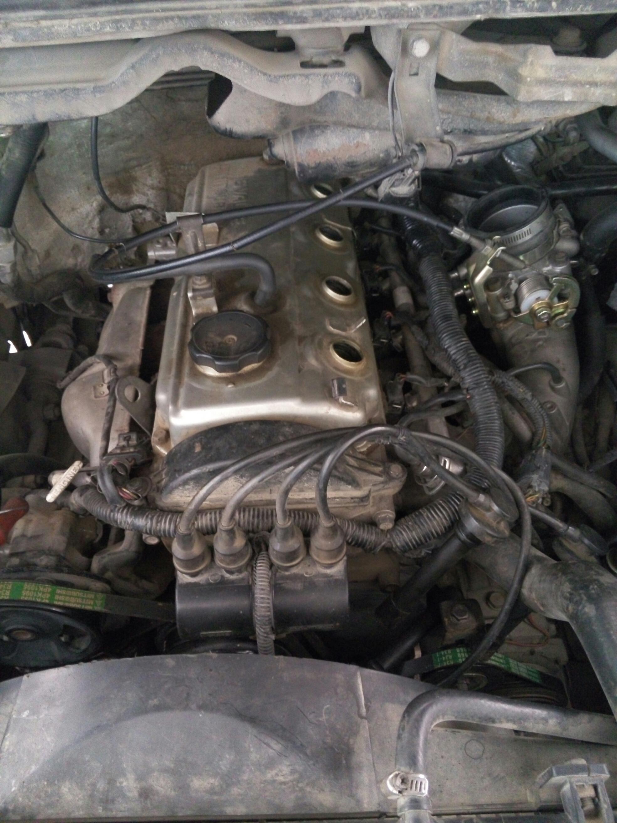 4g64发动机, 加油敲缸严重无故障码 感觉点火时间